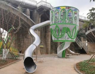 非标定制不锈钢滑梯,可根据要求随意定制造型